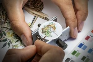 Часы Blancpain c эмалевой миниатюрой для Тайваня