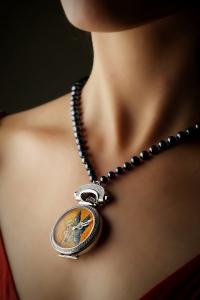 Часы Bovet Miss Audrey Sweet Art для аукциона ONLY WATCH